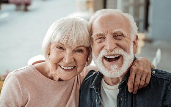 טיפולי שיניים מעל גיל 75
